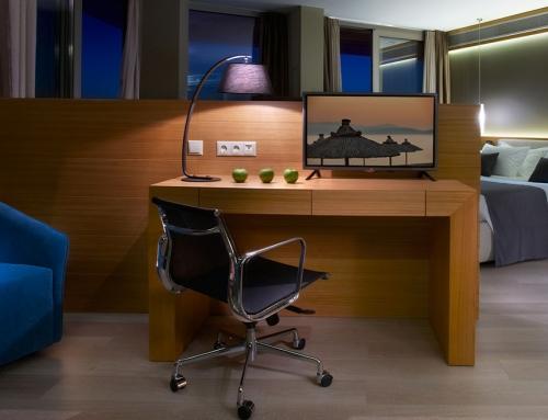 LG: επαγγελματικός κλιματισμός και ξενοδοχειακές τηλεοράσεις στο Blue Dolphin Hotel